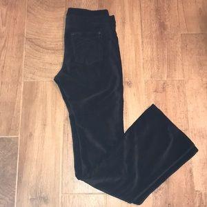 Hue brand size medium black pants.